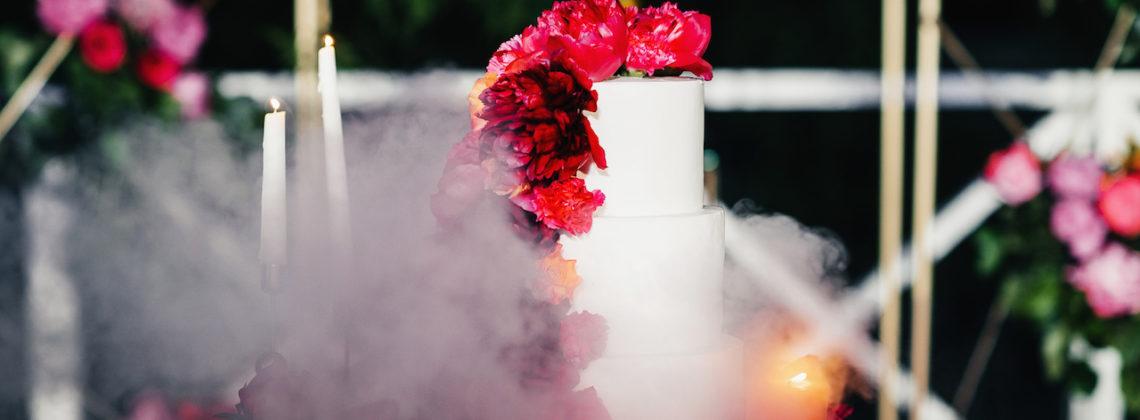 Все о свадебном торте: от начинки до подачи